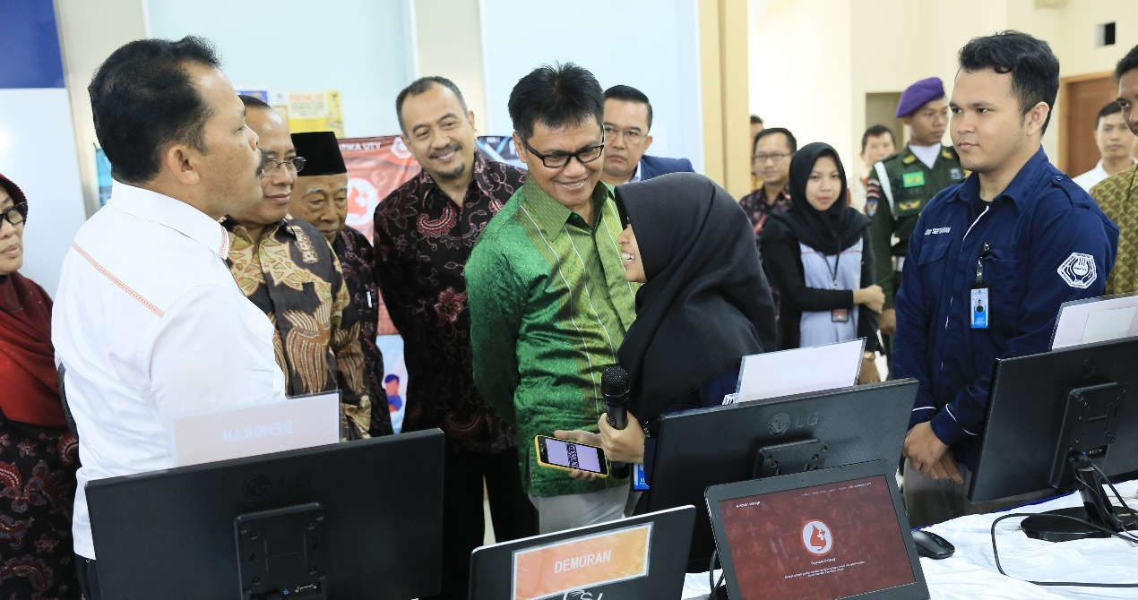 Expo Teknologi & Start Up Industri Kreatif Mahasiswa UTY