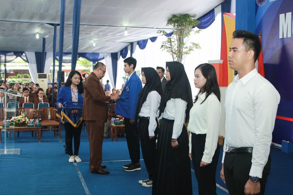 UTY Sambut 3.262 Mahasiswa Baru